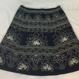 Talbots Black Skirt With White Embroidery Sz 10